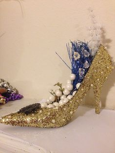 Gold glitter + pearls - The Emily shoe