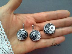 Check out this item in my Etsy shop https://www.etsy.com/listing/583577983/set-of-earrings-and-a-ring-flower