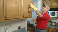 678-ss-removing-grease-kitchen-cabinets
