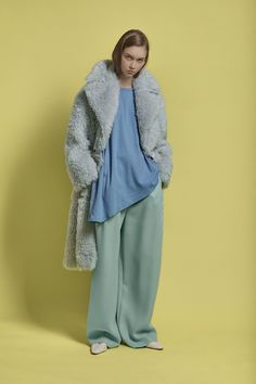 The complete Vika Gazinskaya Fall 2018 Ready-to-Wear fashion show now on Vogue Runway.