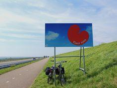 Oan´t Sjen. Tot Ziens. Op de Afsluitdijk in Holland-Friesland