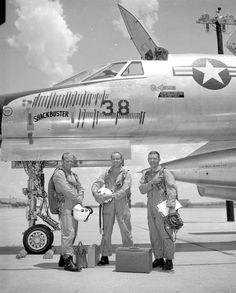 "B-58 Hustler - ""Shackbuster"". #59-2435."