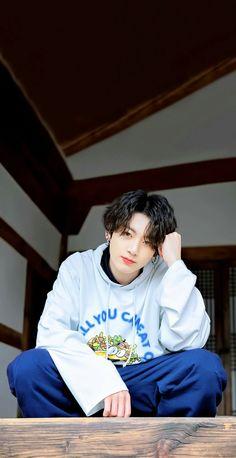 big hair Jungkook is a Greek god Foto Jungkook, Bts Taehyung, Namjoon, Foto Bts, Jungkook Cute, Kookie Bts, Jungkook Oppa, Bts Bangtan Boy, Jung Kook