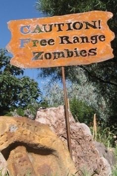Caution, Free Range Zombies Metal Garden or Yard Sign Zombie Life, Dead Zombie, Zombie School, Holidays Halloween, Halloween Decorations, Spooky Decor, Halloween Ideas, Halloween Party, Favorite Holiday
