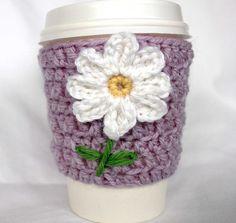 Daisy travel mug cup cozy coffee crochet by CageFreeFibers on Etsy, $10.00