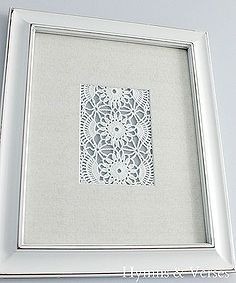 What to do with old doilies from Grandma? DIY Vintage Doily Art from hymnsandverses! Framed Doilies, Lace Doilies, Crochet Doilies, Vintage Embroidery, Vintage Lace, Vintage Ideas, Vintage Diy, Paper Embroidery, Vintage Crafts