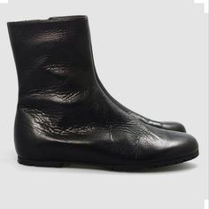 #soft #black #boots ❤️ #wannamariafiori  #unisex #shoes  #real #leather #potd #ootd  #pic  #picoftheday  #outfit  #outfitoftheday  #shoeporn  #shoeslover  #instalike  #instashoes #hitshoes #musthave #flat  #flatshoes #fashion  #love #pfw ❤️ www.facebook.com/wannamariafiori ❤️