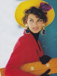 Linda Evangelista photographed by Patrick Demarchelier, Vogue, September 1990