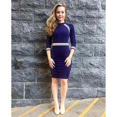 """Brec Bassinger showed off the most glamorous navy blue dress for a Nickelodeon event leading up to the Super Bowl! """"Sporty Chic! #NickSB50  Dress- @karen_millen,"""" stylist Arturo Chavez captioned Brec's outfit pic on his Instagram."""