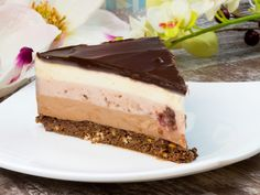 Cheesecake în trei culori și trei arome – cel mai fin și delicios desert fără coacere!