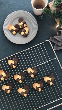 Holiday recipes detail are readily available on our web pages. Read more and you will not be sorry you did. Danish Christmas, Christmas Sweets, Christmas Baking, Christmas Cookies, Galletas Cookies, Cake Cookies, Cookie Recipes, Dessert Recipes, Desserts