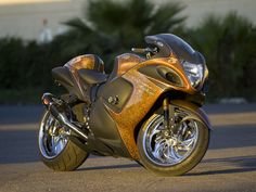 Custom paint Suzuki Hayabusa , chrome rims , http://www.PashnitBusa.com #pashnit #hayabusa