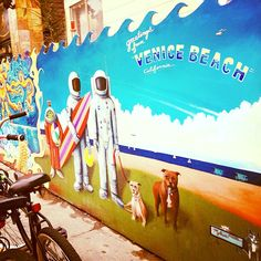 Welcome to Venice Beach Styl! A visual feed of all things Venice, California. No