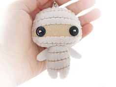 MADE TO ORDER Mummy Plush - felt Keychain -  halloween decor -  cute accessories -  kawaii - mummy plush. welovestitches