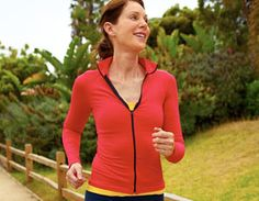 Your Countdown: Walk-Run Program Go from the couch to a in 6 weeks! Try this beginner-friendly training program to help you slim down and get race-ready to complete your first ~Prevention Magazine Running Plan, How To Start Running, Running Workouts, 5k Training Plan, Race Training, Cross Training, Walk To Run Program, Couch To 5k Plan, Fitness Diet