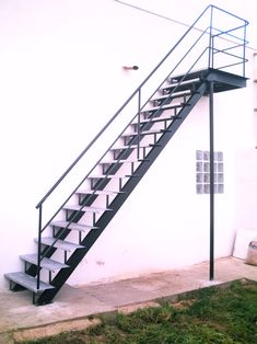 What most owners fail to spot and oftentimes overlook is the stair design. Many assume {that a} stair's designs are not going to affect the entire the. Staircase Outdoor, Staircase Handrail, Stair Railing, Railing Design, Gate Design, Staircase Design, House Design, Stair Design, Steel Stairs