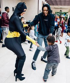 Amber Rose and Wiz Khalifa get in the spirit of son's superhero party Wiz Khalifa, Amber Rose Style, Girls Diary, Sons Birthday, Fourth Birthday, Professional Look, Girl Swag, Celebs, Celebrities