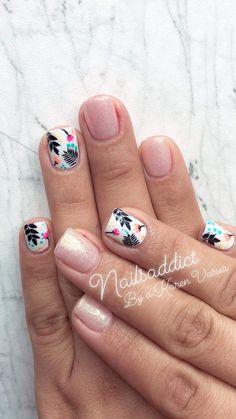 Nails collection black and white 2019 015 – Fancy Nails Get Nails, Fancy Nails, Love Nails, Hair And Nails, Spring Nail Art, Spring Nails, Stylish Nails, Trendy Nails, Elegant Nails