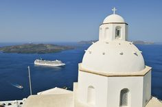 Sail to Santorini with MSC Cruises, discover special packages and excursions to explore beautiful places in Greece. Cruise Destinations, Vacation Resorts, All Inclusive Resorts, Dream Vacations, Vacation Spots, Royal Caribbean, Caribbean Cruise, Msc Cruises, Luxury Cruises