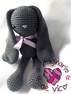 SIMON BUNNY (ENGLISH PATTERN) Love Crochet, Learn To Crochet, Crochet Baby, Crochet Animal Patterns, Stuffed Animal Patterns, Crochet Rabbit Free Pattern, Easter Crochet, Bunny Toys, Crochet Dolls