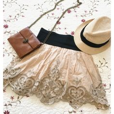Adorable F21 vintage-like skirt 🍂🍁 Absolutely gorgeous! This skirt looks amazing dressed up with pumps or dressed down with cowboy boots😍! Color is like a peachy-cream, with taupe embroidery. Skirt has an inside slip & elastic waist band! NO TRADES ❗️ Forever 21 Skirts Circle & Skater