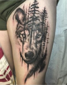 Geometric Wolf Tattoo, Tribal Wolf Tattoo, Small Wolf Tattoo, Wolf Tattoo Design, Tribal Tattoos, Cool Chest Tattoos, Cute Tattoos, Beautiful Tattoos, Body Art Tattoos
