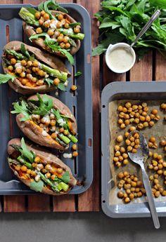 Kichererbsen, gebackene_Süßkartoffel, Spargel, veganes_cremiges_Dressing, Tahini_Dressing