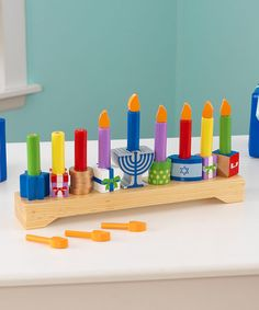 1000 images about prek hanukkah on pinterest hanukkah for Hanukkah crafts for preschoolers