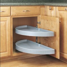 blind-lazy-susan.jpg?t=1453754577187