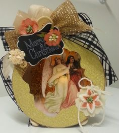 Shabby chic looking Christmas angel light up rounded box diorama