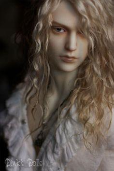 Beautiful face up of Iplehouse doll