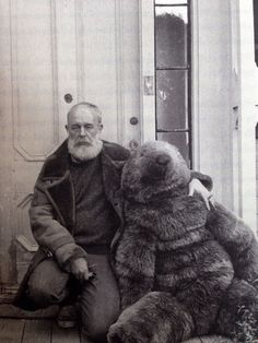 Edward Gorey on his front porch Cape Cod Mass Edward Gorey, Macabre, Vintage Photos, Vintage Photographs, Illustrators, Creepy, Scary, Literature, Black And White