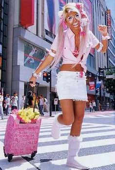 She does hime gyaru now Gyaru Fashion, Harajuku Fashion, Fashion Outfits, Harajuku Mode, Harajuku Girls, Ganguro Girl, Girly Outfits, Cute Outfits, Japanese Fashion Trends