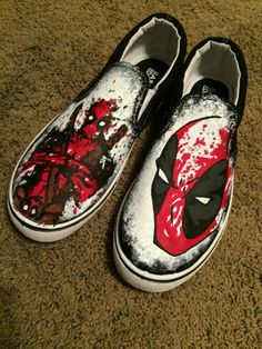 Splatter Paint Custom Deadpool Shoes by ArtScribbles on Etsy Custom Painted Shoes, Hand Painted Shoes, Custom Shoes, Customised Shoes, Painted Vans, Nike Air Force, Air Force 1, Deadpool Und Spiderman, Converse