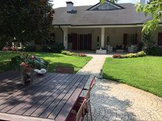Villa con piscina in vendita a Modena. #villa #immobili #case #mazzicase