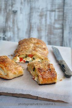 Due bionde in cucina: Strudel salato di pasta sfoglia con verdure