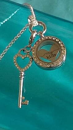 Simple locket and dangle from #Origamiowl