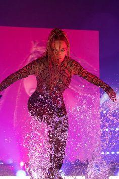Beyoncé Formation World Tour Hampden Park Glasgow Scotand July 2016 Beyonce Fans, Beyonce Style, Beyonce And Jay Z, Beyonce Album, The Formation World Tour, Formation Tour, Beyonce Performance, King B, Beyonce Beyhive