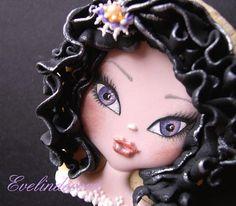 Halloween doll cookie    By Evelindecora    http://blog.giallozafferano.it/evelindecora/