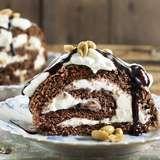Verdens beste rullekake med sjokolade og peanøtter