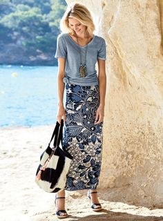 Our stunning column skirt is abloom in grand-scale peonies and plum blossoms from an antique Japanese textile. Jacquard knit of pima in periwinkle, navy, ivory and beige. Womens Fashion Casual Summer, Black Women Fashion, Skirt Fashion, Fashion Outfits, Fashion 2016, Cotton Skirt, Casual Skirts, Street Style Women, Luxury Fashion