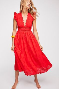 Red Peach Pie Midi Dress #reddress #summerdress #fashion #styleideas *FTC Disclosure: This is an affiliate link, which means I may make a commission if you make a purchase through this link.