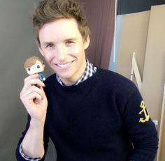 Aw–baby Iris Mary's first doll will be dad Eddie Redmayne as Newt Scamander in Fantastic Beasts (@misscarrieg/IG)