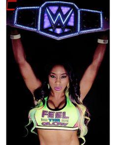Naomi former SD Woman Champion Trinity Fatu, Nxt Divas, Total Divas, Wwe Women's Championship, Naomi Wwe, Hottest Wwe Divas, Wwe Women's Division, Wwe Female Wrestlers, Boxing