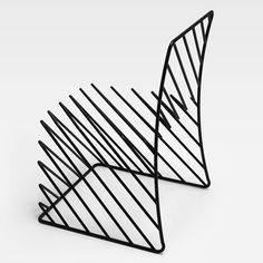 This black wire chair is part of the Thin Black Lines collection of furniture by Japanese studio, Nendo. Table Design, Chair Design, Furniture Design, Iron Furniture, Black Furniture, Funky Furniture, Furniture Decor, Wire Chair, Desk Chair