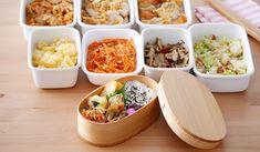 ★★お弁当に。持ち寄りに。使い勝手抜群の【作り置き】レシピ集 | ◆豚肉・鶏むね肉・鮭でメインおかず3 ◆野菜ひとつで副菜3 ◆お弁当のメインおかずにもなる常備菜10 ◆きのこの常備菜:マイタケ・エリンギ・しめじ・えのきだけ12 ◆キャベツで作る常備菜15 ◆がんばって食べたい乾物おかず:ひじき・切り干し大根13 ◆日持ちおかず 週末にまとめて作っておきたいお弁当用おかず14 ◆冷めてもかたくなりにくそうな鶏むね肉レシピ12 ◆にんじんだけで作れる!お弁当にも便利な常備菜20