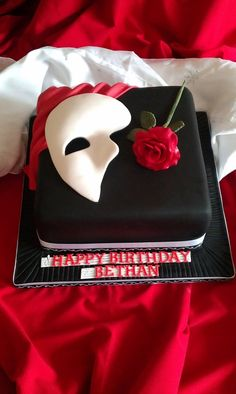 The phantom of the opera cake. Modify it to your party. Birthday or groom