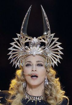 not a fan of Madonna but love the head piece