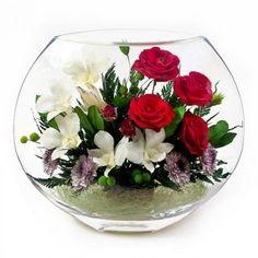 Creative Flower Arrangements, Beautiful Flower Arrangements, Table Arrangements, Floral Arrangements, Beautiful Flowers, Flower Vases, Flower Pots, Deco Floral, Deco Table