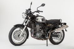The Jawa 660 Vintage is another tribute to the 350 Type this time built around. Jawa 350, Old Bikes, Czech Republic, Motorbikes, Ale, Modeling, Automobile, Nova, Product Launch